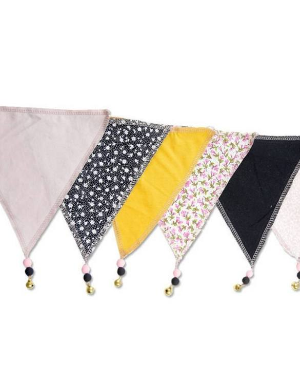 The ideal gift for a new baby or a Christening present, the Triangle Bunting Honey makes a fab addition to a party or a little one's room. A gentle garland will decorate your nursery room and contribute to the development of the baby.