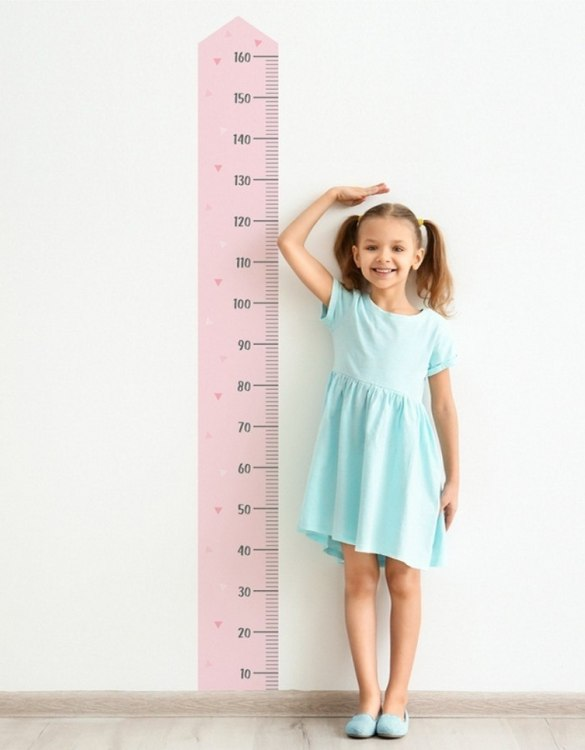 A real eye-catcher in every child's room, the Basic Child Growth Chart is the perfect way to follow your child's development and growth. Bright and colourful, this height chart wall sticker will look good in nurseries, bedrooms, or playrooms.