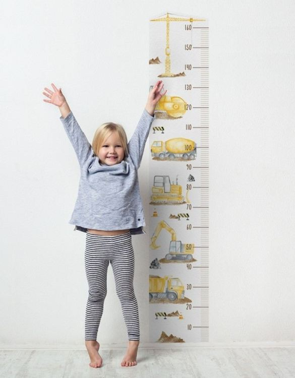 A real eye-catcher in every child's room, the Construction Child Growth Chart is the perfect way to follow your child's development and growth. Bright and colourful, this height chart wall sticker will look good in nurseries, bedrooms, or playrooms.
