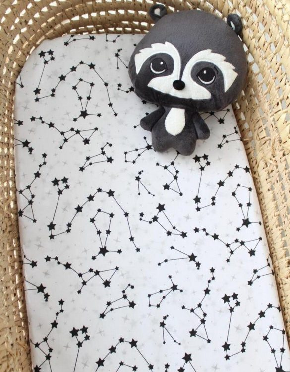 Perfect as a gender-neutral choice, the Galaxy Fitted Crib Sheet will fit any crib bed or next to me pods. This fitted cot sheet is a perfect addition to spruce up your little bub's nursery.
