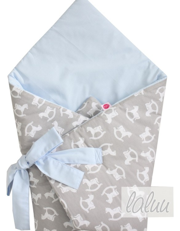 A great idea for newborns, the Horses On Gray and Blue Baby Horn is the perfect accessory for the busy on the go parent. Keeps your baby comfortable with out the hassle of losing dropping or running over your blanket!