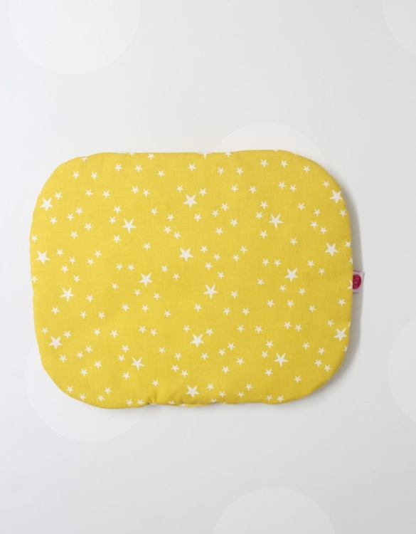Beautifully soft and cuddly, the Mustard Stars Baby Flat Head Pillow is an adorable gift for a baby shower and also for nursery or kids' room decoration. A child up to 2 years old should sleep on a flat pillow.