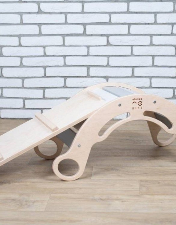 A great choice for playtime, the Natur Rainbow Montessori Balance Board and Plank will quickly become your household's most beloved toy as well. This rocking toy will stimulate your toddler's senses, awaken their imagination, strengthen muscles and will promote the development of balance.