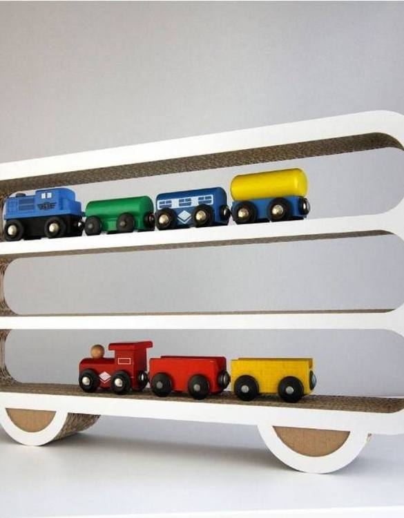 The perfect way to display your treasures, the Wagon Children's Wall Shelf is a beautiful addition to any child's bedroom or playroom! Put decorations, stuffed animals or smaller toys on the shelf and get a unique element of a children's room.