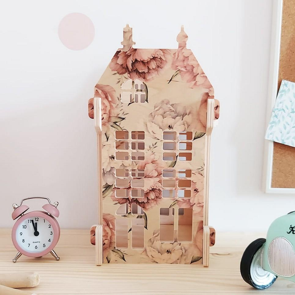 Peonie-Vintage Lampion Children's Dolls House
