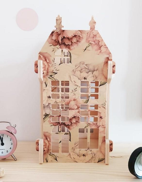 """With a beautiful design, the Peonie-Vintage Lampion Children's Dolls House has been created not only for great fun, but also are a unique decoration for children's rooms. Toys that help to pretend to be """"adults"""", such as mini-cookers, prams, or dollhouses are very important in the development of a child."""