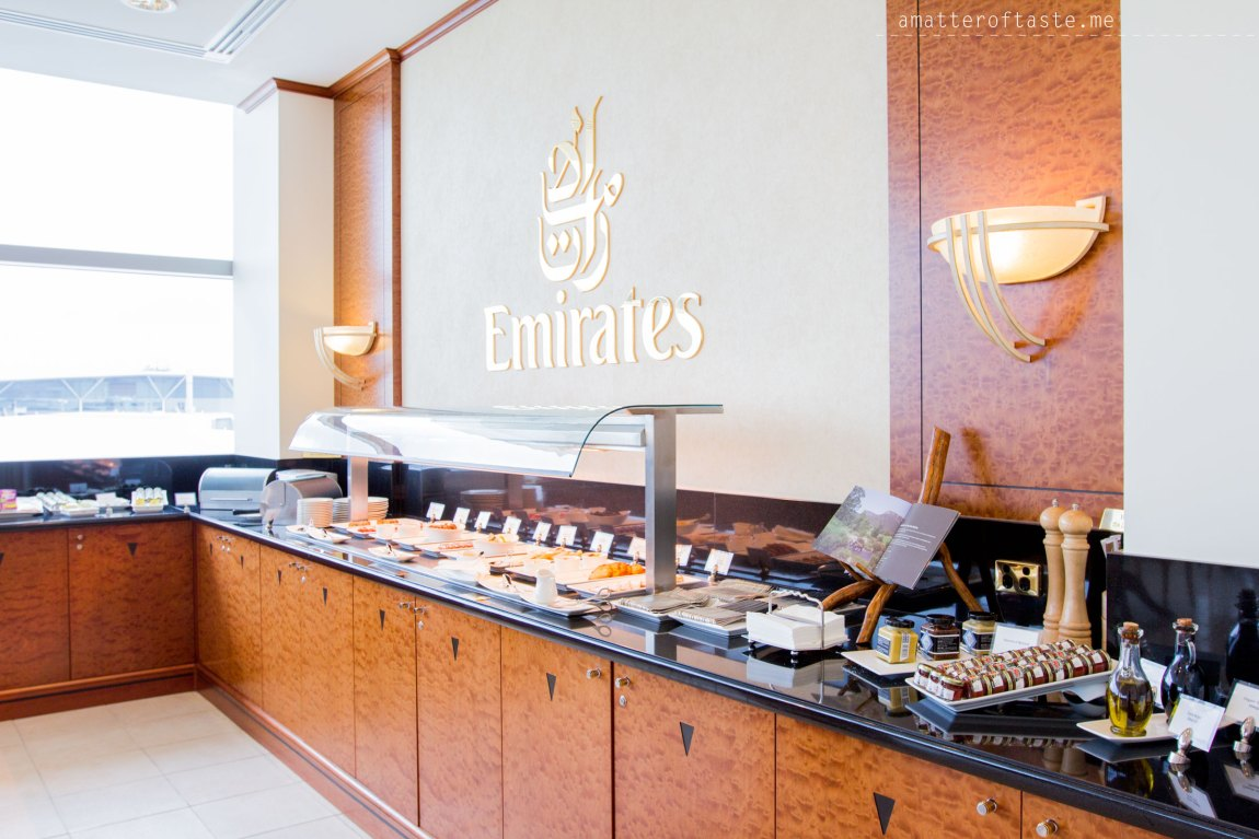emirates A380 and brisbane lounge experience