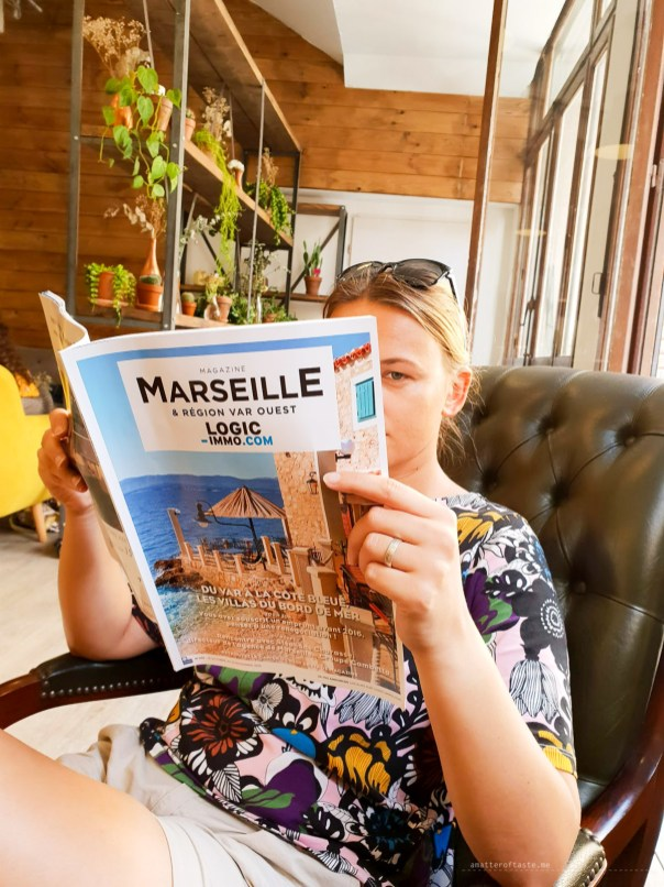 Aga looking for apartments in Marseille