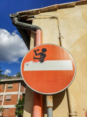 Life in Florence - street art sign