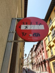 Madrid Street Art sign 1