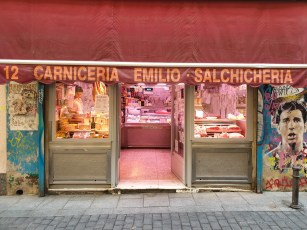 Shopping in Madrid - traditional shop