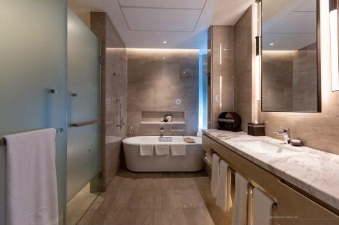 Sofitel Kuala Lumpur Damansara junior suite bathroom