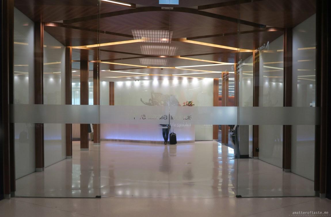 virgin-australia-melbourne-lounge-entrance
