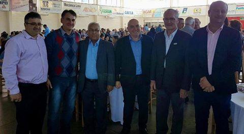 Prefeitos participam das comemorações dos 105 anos da cooperativa Santa Clara