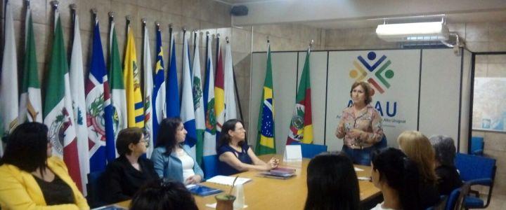 Reunião das Primeiras Damas para organizar ações