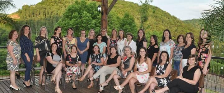 Primeiras Damas se reúnem para o encerramento do ano