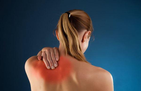 19 Penyebab Nyeri Punggung Atas dan Bahu (Tulang Belikat)