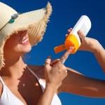 Apa Perbedaan Sunblock dengan Sunscreen (Tabir Surya)?