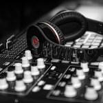 Apa Pekerjaan yang Dilakukan oleh Produser Musik?