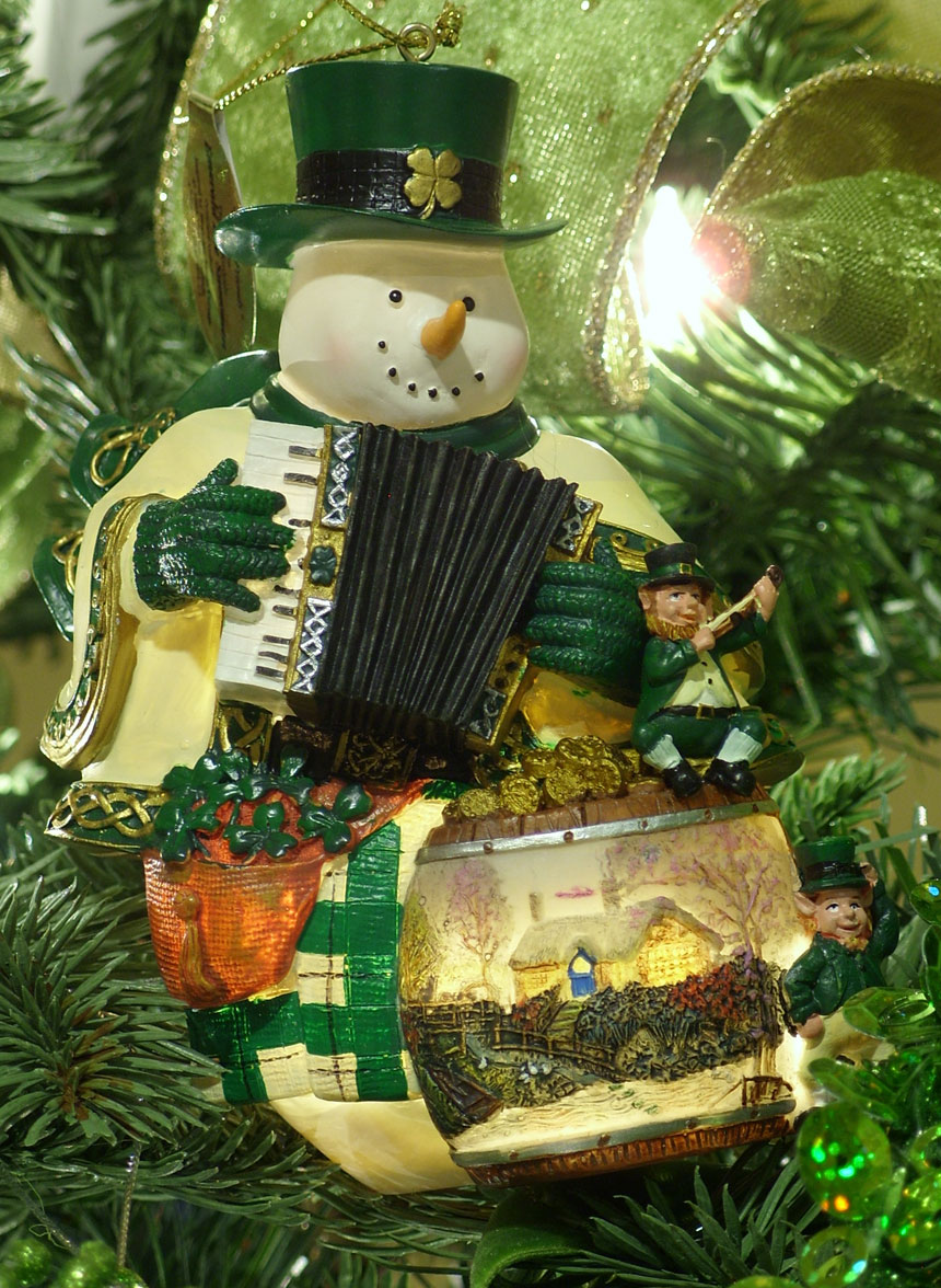 8tracks Radio Celtic Holiday 11 Songs Free And Music