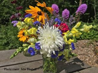 bouquet-julie-bluebell1