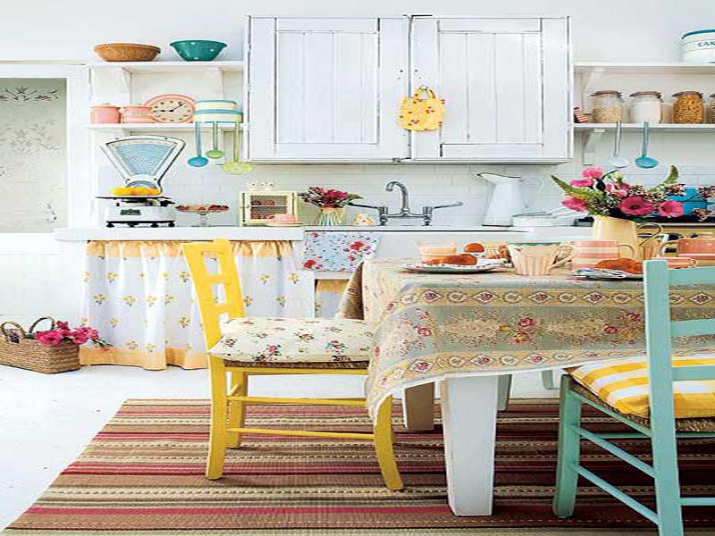 Colorful Vintage Kitchen Designs