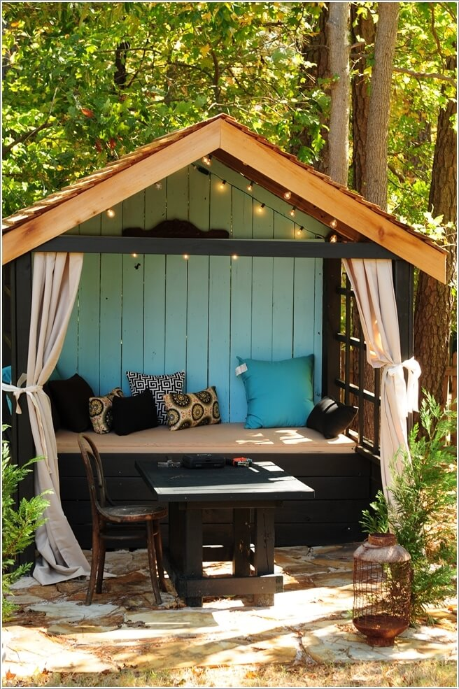 10 Outdoor Seating Nooks You Will Fall in Love With