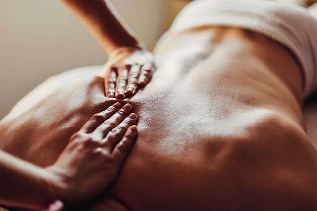 massage therapy at amazing life chiropractic