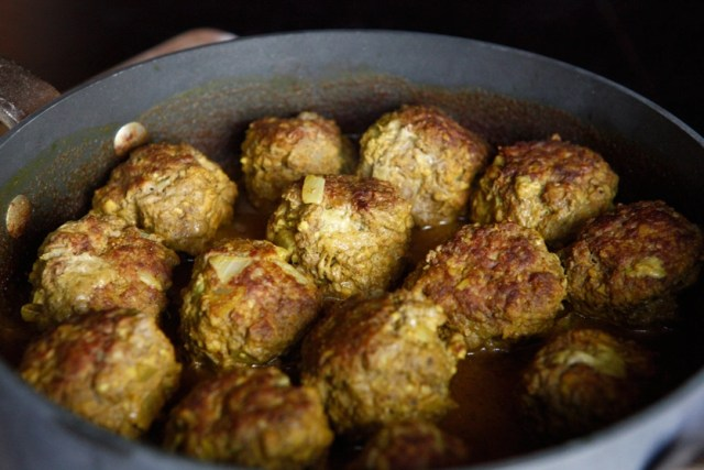 Paleo Curry Meatballs
