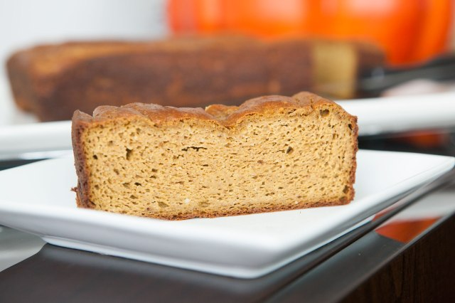 29 Paleo Treat Recipes- Paleo Pumpkin Bread