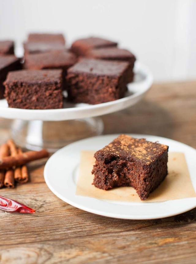 MEXICAN ALMOND PULP BROWNIES