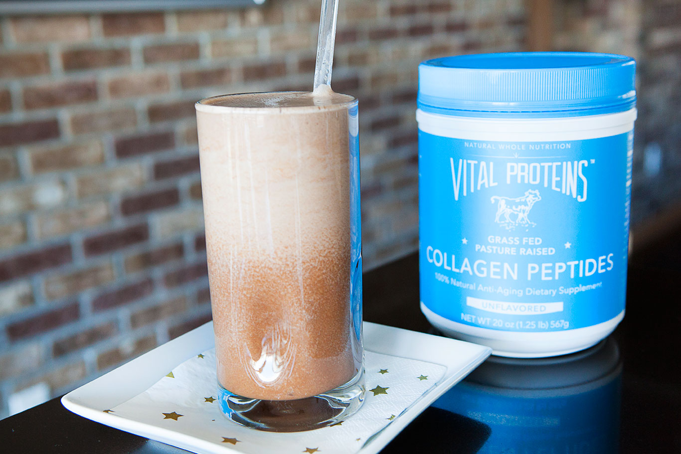 Dark Chocolate Smoothie with Collagen Peptides - A Paleo Recipe