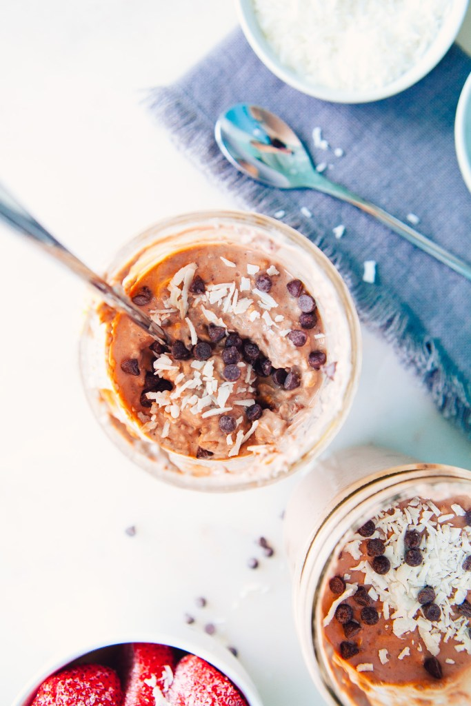 Overnight Oats with Chocolate & Blackberry Collagen