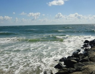 Huge Freshwater Aquifer Was Discovered beneath the Atlantic Ocean