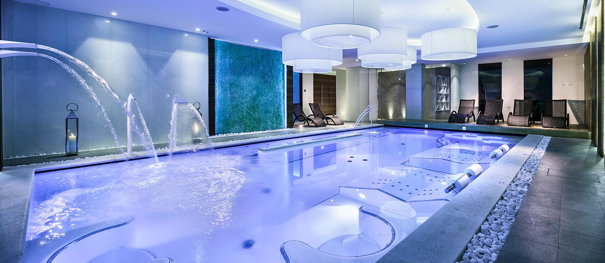 Hotel 4 stelle Riccione Alberghi con Piscina Centro