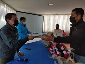 Productores de Tungurahua reciben títulos de propiedad de tierras