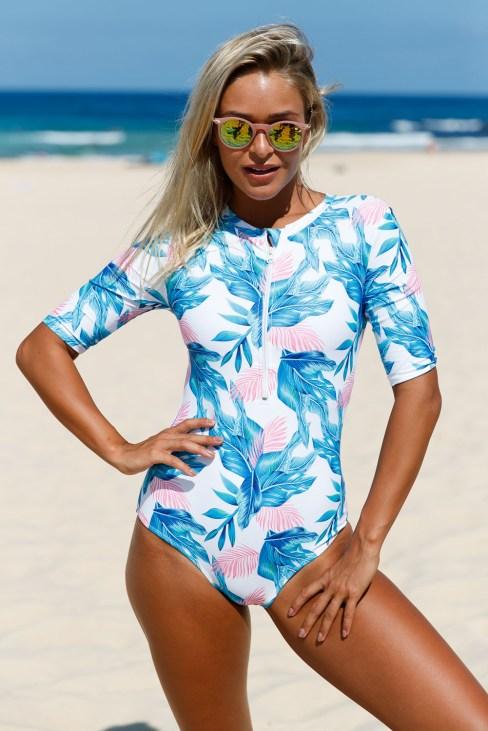 Millet Women's Zip Front Printed Half Sleeve One Piece Swimwear Red/Blue