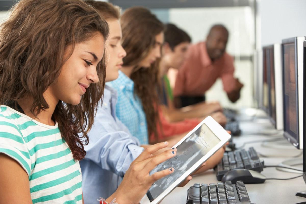 Como a tecnologia pode dinamizar e revolucionar a educação