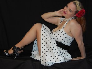 2010 Fife pinup white dress 0692