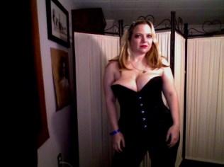 Amber Love Webcam stills post-Exxxotica