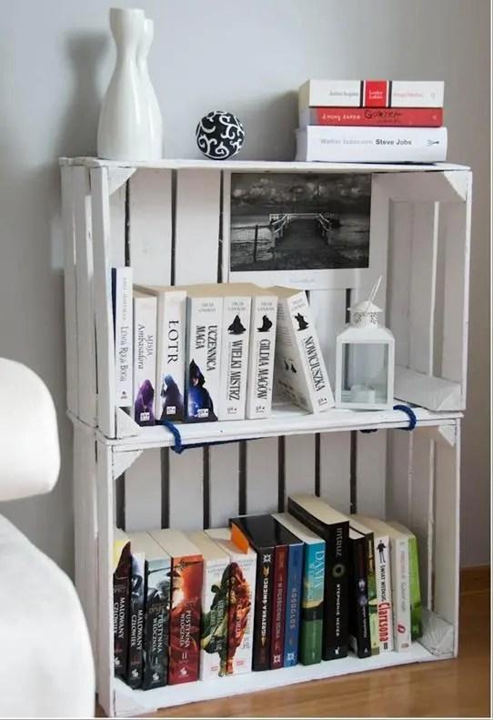 Riciclo creativo come realizzare delle librerie per