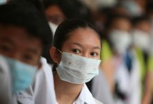 Photo of Plástico contra el coronavirus; China instala paneles de protección