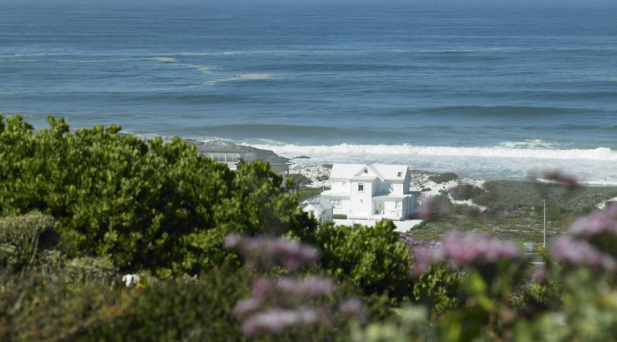 The White House- Yzerfontein
