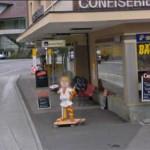 Gesicht des Reklamebären in Oberhofen unkenntlich