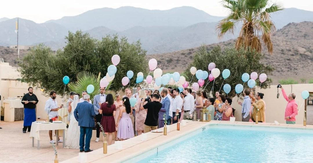 Hochzeit im Ausland, feiern in einer Finca mit Pool
