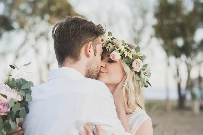 Romantisch heiraten am Meer, zu zweit. Elopment wedding in Spain