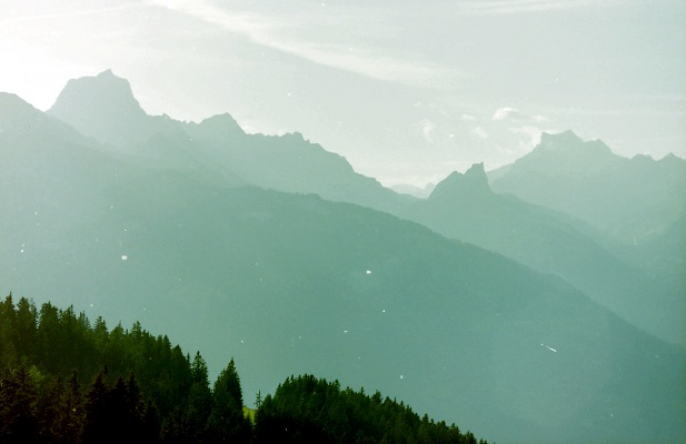 Zonsopgang ntijdens wandelreis in Zwitserland