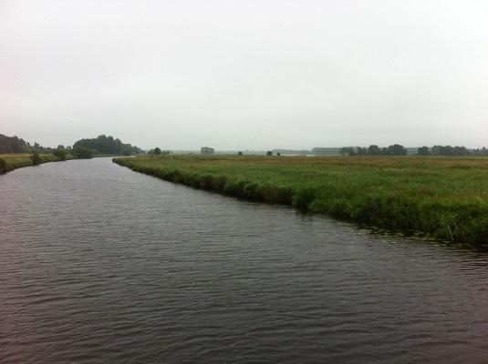 De Rodervaart op een wandeling over het Drenthepad van Peizerwold naar Roden