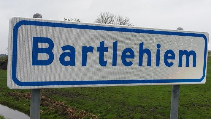 Barthlehiem op wandeling over Elfstedenpad van Oentsjerk naar Leeuwarden