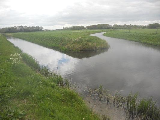 Wandelen over het Groot Frieslandpad langs de Hunze